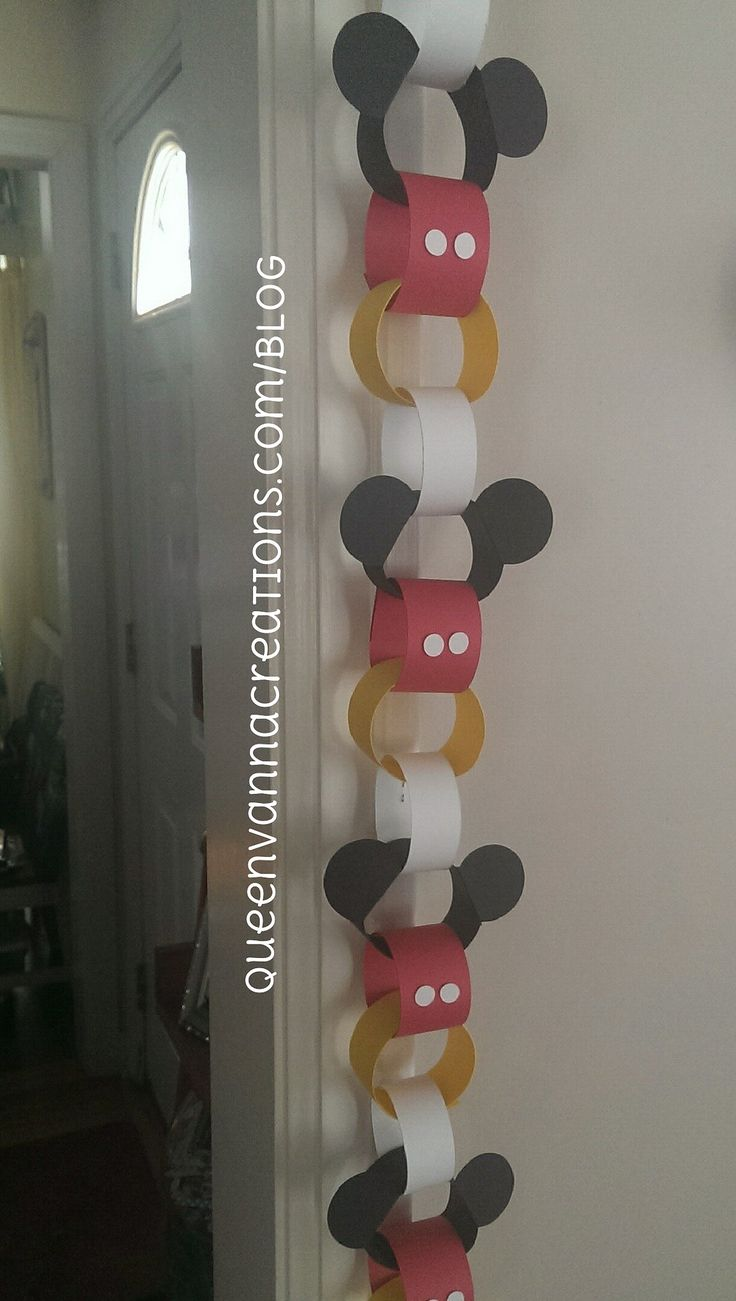 Mickey Mouse Paper Chain | by queenvanna creations
