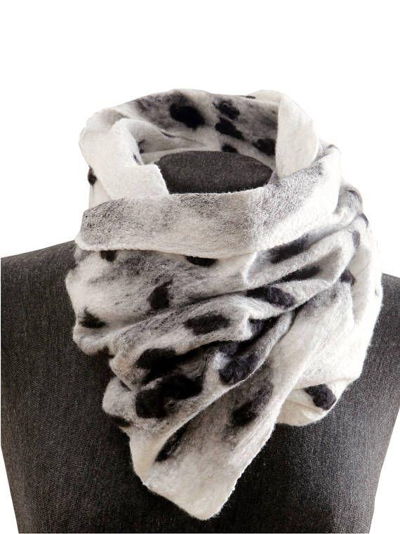 Leopard scarf Womens leopard shawl Felt scarf Faux Fur