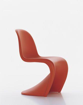 8 best l 39 inspiration de la chaise de panton images on pinterest chairs panton chair and. Black Bedroom Furniture Sets. Home Design Ideas