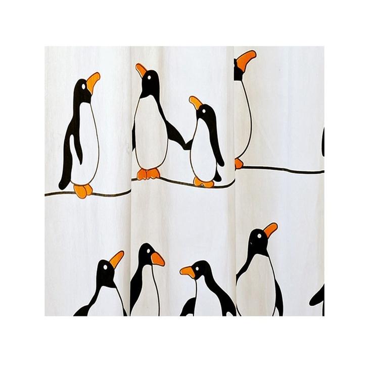 Cortinas De Baño Quality:Cortina de baño de la serie Pinguini de color rojo y negro Esta