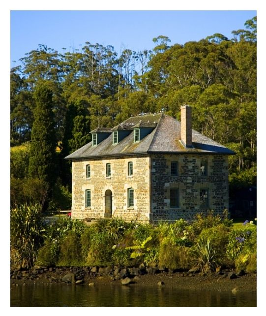 Old stone store at Kerikeri. New Zealand's oldest stone building, was built in 1832-36. Designed by Wesleyan missionary John Hobbs and built by an ex-convict stonemason from New South Wales. It is the oldest surviving commercial building in New Zealand.