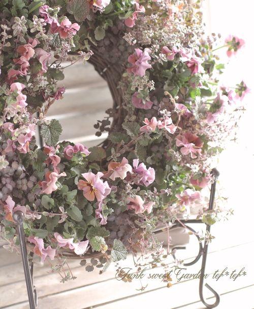 tef*tef*寄せ植え<BR>2016 * no.18 *<BR><BR>『マルーンマルーン×リース』 | 寄せ植え | | Junk sweet Garden tef*tef* ガーデニング雑貨・花苗