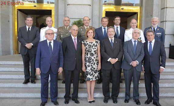 Cospedal afirma que las Fuerzas Armadas están para defender la integridad y la soberanía de España