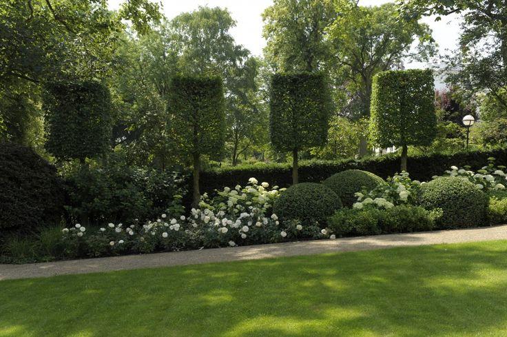 die 25 besten ideen zu hortensien landschaftsbau auf. Black Bedroom Furniture Sets. Home Design Ideas
