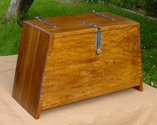 1000 ideas about storage chest on pinterest flatware for Meuble bureau viking