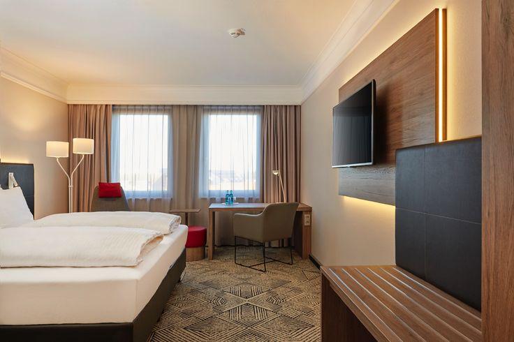 Blick in einer der Standardzimmer   H4 Hotel Hannover Messe
