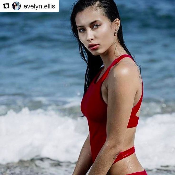 Introducing one of our new talents actress / model / realty show host @evelyn.ellis #Repost / Asian Squat up in this bishhh #abetterplace #follownow #konzepptalents #followher #followartistes