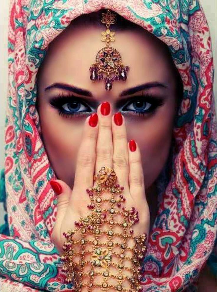 She is so elegant!  Incredibly gorgeous! #MuslimWedding, www.PerfectMuslimWedding.com