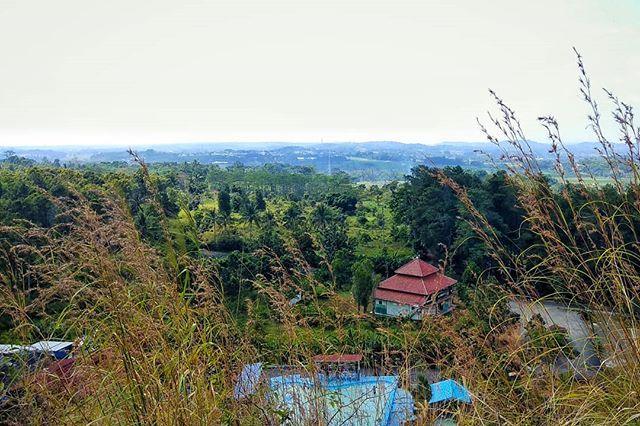 View Dari Atas Bukit Taman Batu Hanjuang Masih Di Sekitaran