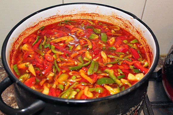 ТОП-16 лучших рецептов вкусного лечо 1 Лечо из болгарского перца 2 Лечо «Семейное»