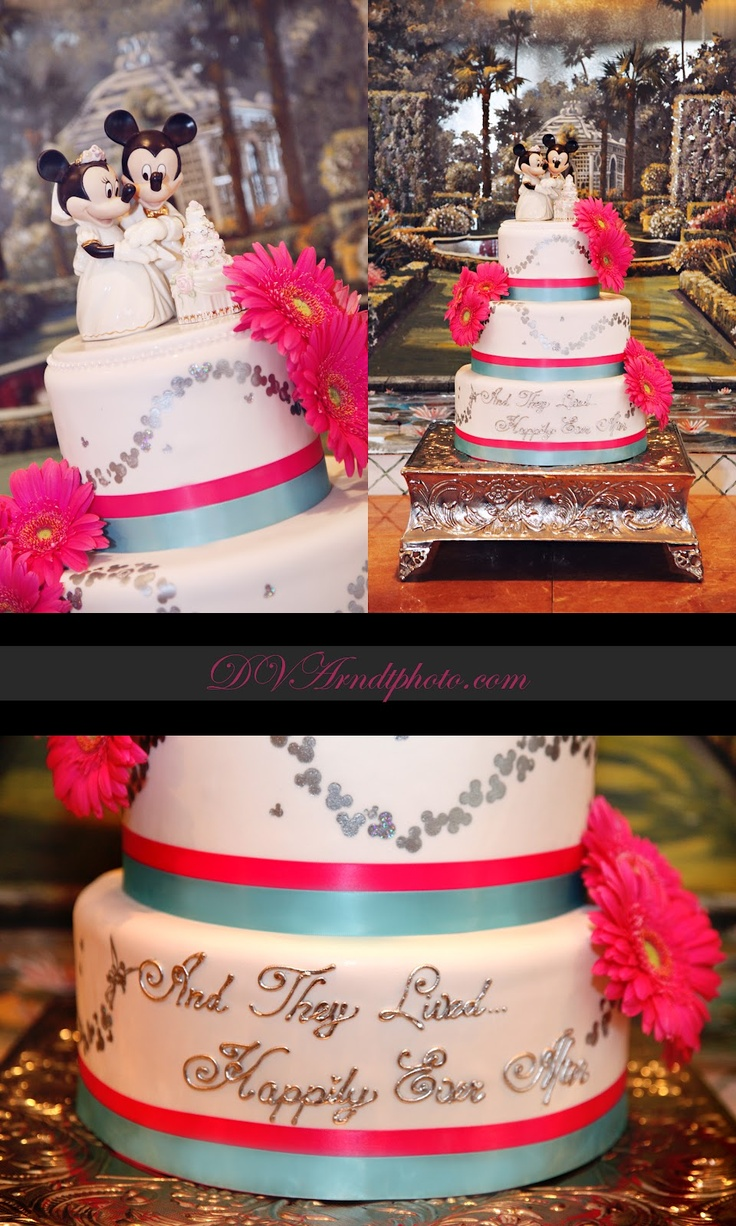 perfect!!! Love the colors and the whole cake layout!