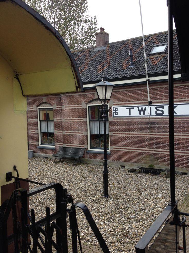 Station Twisk