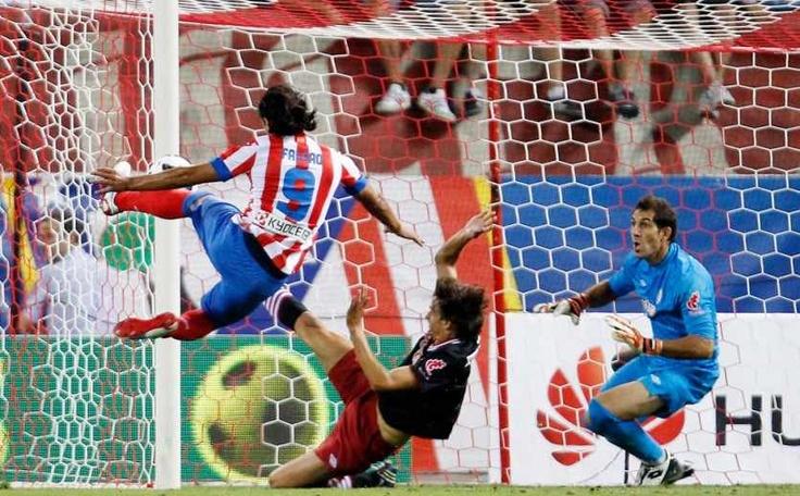 El segundo gol de Falcao al Athletic, de izquierda en el aire #Falcao #AtleticoMadrid #atleti