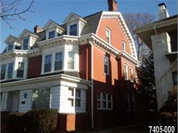 817 s george st york pa 17403 zillow great deals for Zillow new york office