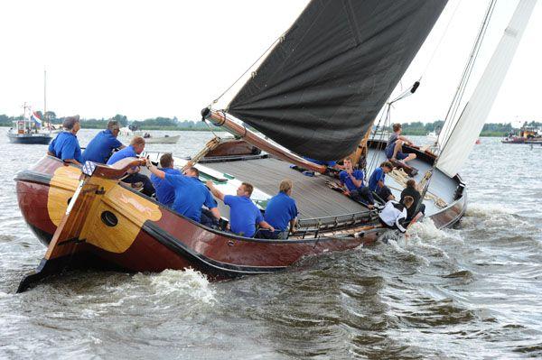 Skûtsjes silen in the Netherlands, province Friesland. nl.wikipedia.org/wiki/Skûtsjesilen