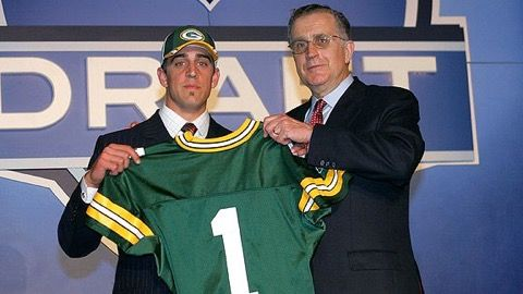 Aaron Rodgers Says He Gets Nostalgic About the Draft -- Aaron Rodgers' draft-day slide looked excruciating while it was in progress. Rodgers has a different take on the whole situation these days. Nostalgia.