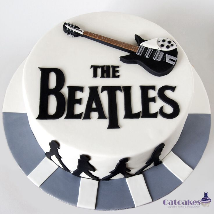 If someone made me this cake for my birthday I would love them forever oh my!