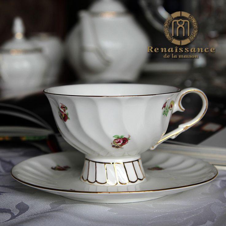 Бесплатная доставка, Ренессанс костяного фарфора чашка кофе красный чашка чашка чая послеобеденный чай 24 К золото 2 чашки (чашек) и 2 блюда / много