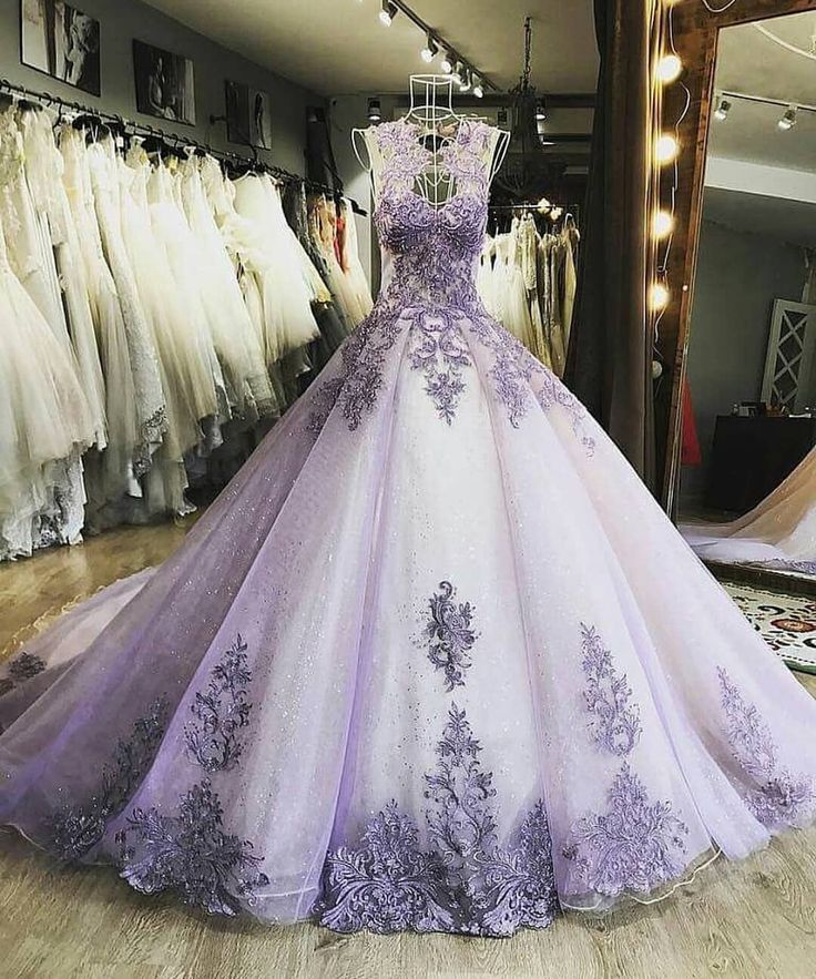 "2,359 Likes, 18 Comments - Harems Couture (@haremscouture) on Instagram: ""Marvellous! . . . . Follow @HAREMsCOUTURE Follow @HAREMsCOUTURE Follow @HAREMsDRESSES .…"""