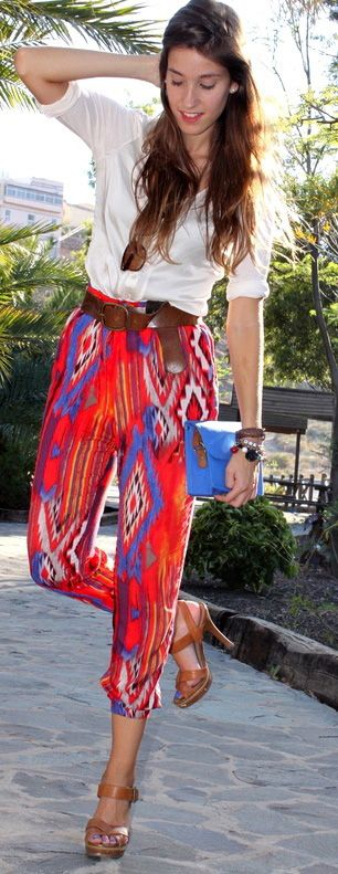 'how to wear printed pants' There are so many great ideas on here!! Problem solved :).