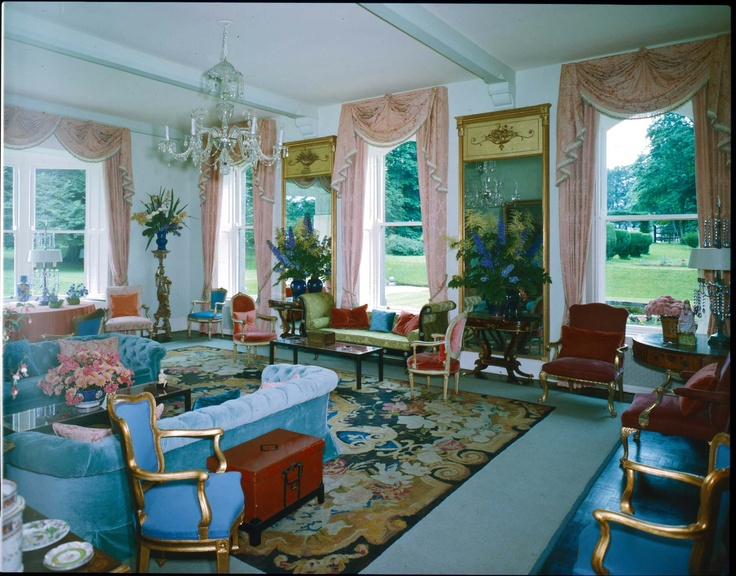 THE DRAWING ROOM AT BARRETSTOWN CASTLE, OUTSIDE OF DUBLIN, IRELAND, DECORATED IN THE 1960'S BY TONY DUQUETTE FOR ELIZABETH ARDEN.  DUQUETTE NOT ONLY DESIGNED ELIZABETH ARDENS PERSONAL SPACES BUT ALSO DESIGNED HER SALONS AROUND THE WORLD.