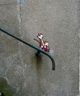 calvin and hobbes street art, optical illusion.  This is sooo in keeping with the actual comics!