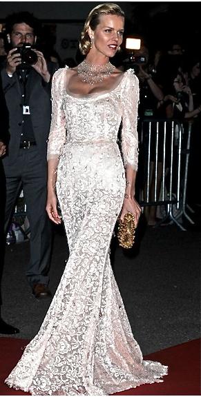 {Vintage White Lace Tailored Evening Dress}, by Dolce and Gabbana #fashion #dolceandgabbana #vintagefashion