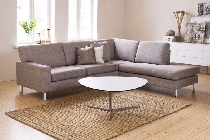 Sofa. Litt mørkere trekk