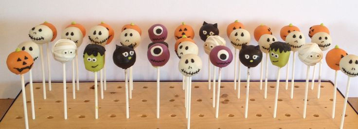 Halloween Custom Cake Pops!