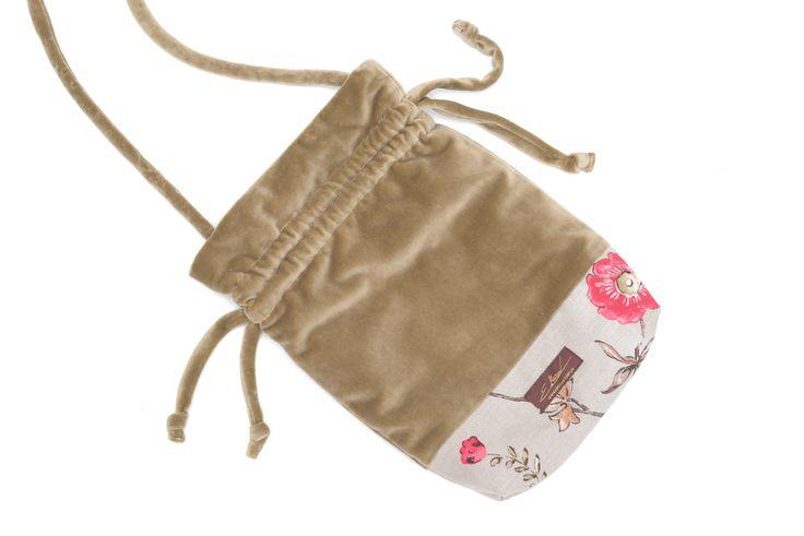 """Aksamitna torebka na ramię """"polne kwiaty"""""""