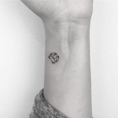 30 Best Cancer Tattoo Ideas & Crab Tattoos For Cancer Zodiac Signs