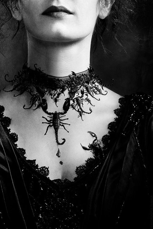 Scorpions necklace - Penny Dreadful