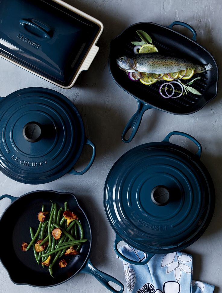 Revered by both professional chefs and home cooks since its 1925 debut, Le Creuset's classic French bakeware is prized for its utilitarian good looks and unsurpassed heat retention. As beautiful as it is functional, this line of stoneware bakeware features superior performance in the oven or microwave and is ideal for baked goods and roasted dishes.