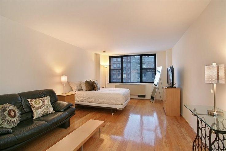 Decorating a studio apartment 400 square feet studio for Apartment square feet