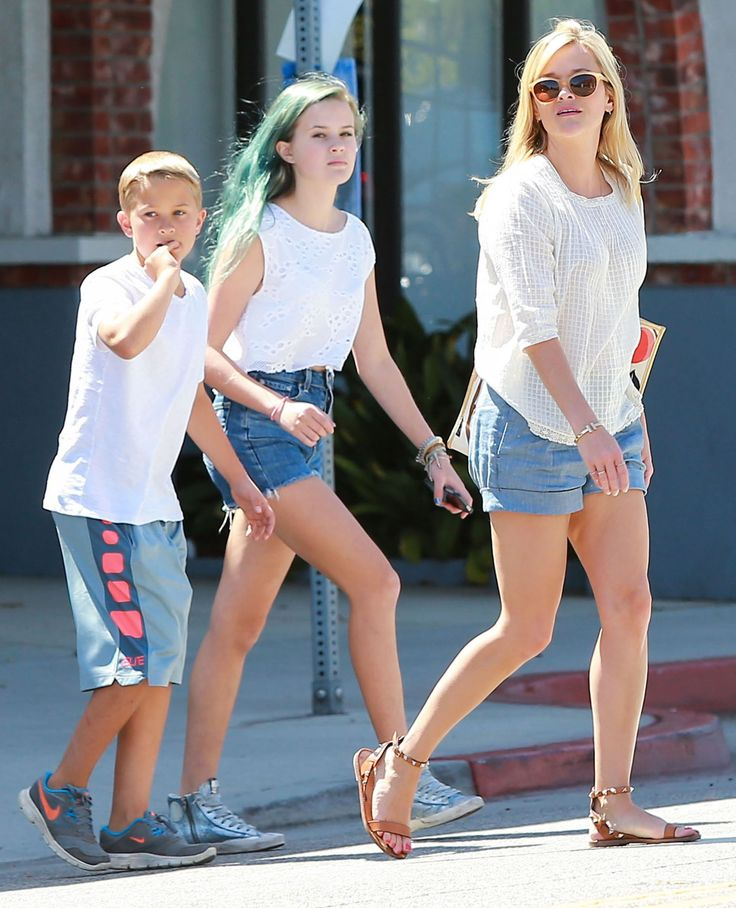 Reese Witherspoon Deacon Reese Phillippe