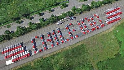 El Cuerpo Nacional de Bomberos de Chile recibirá 100 vehículos antiincendios Magirus    LONDRES Julio de 2017 /PRNewswire/ - Magirus marca internacional de equipos de extinción de incendios de CNH Industrial (NYSE: CNHI /MI: CNHI) ha comenzado la entrega de 100 camiones autobomba con tanque de agua a la Junta Nacional de Cuerpos de Bomberos de Chile (JNBC). Esta entrega es el resultado de los dos grandes pedidos realizados en 2016 para misiones tanto nacionales como regionales. Los vehículos…