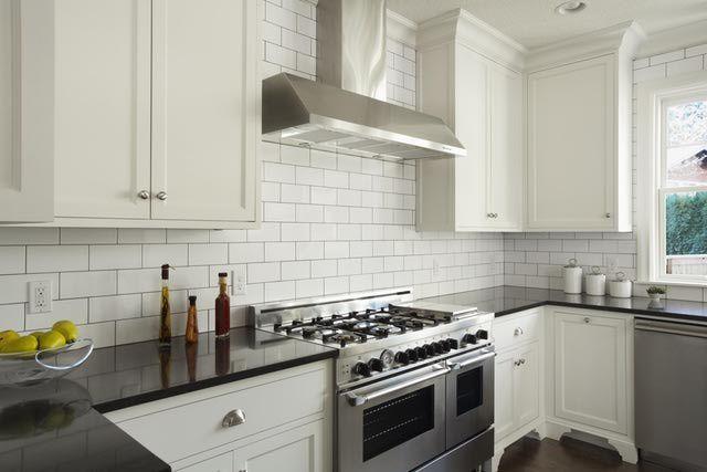 6 Easy Ways to Organize Your Kitchen Counters: 6 Kitchen Counter Organization Ideas