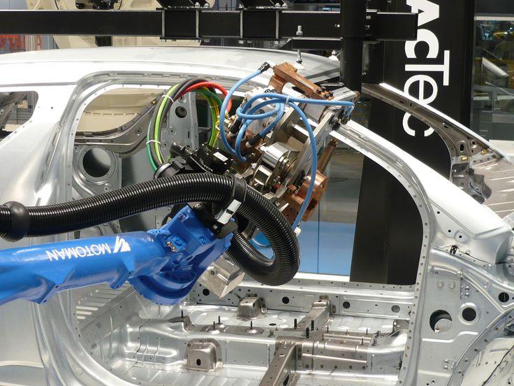 Tubos Corrugados e Cabos Elétricos Super-Flex para Robótica Industrial!