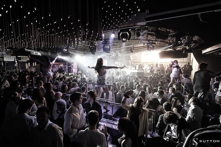 Located in Barcelona's uptown area, Sutton has been Barcelona's most fashionable nightclub since it opened in 2001. The club's floor space of 1,500 metres squared is equipped with the latest lighting and sound technology in order to house the best parties and events. #party #events #barcelona # sutton #nightclub #nightlife