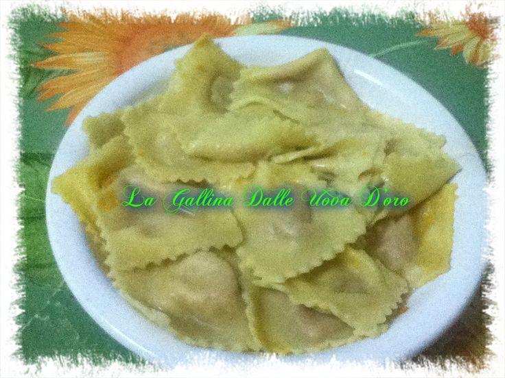 Tortelli di zucca   sul mio blog di cucina http://imanicarettidimonicu.blogspot.it/2015/06/tortelli-di-zucca.html#comment-form