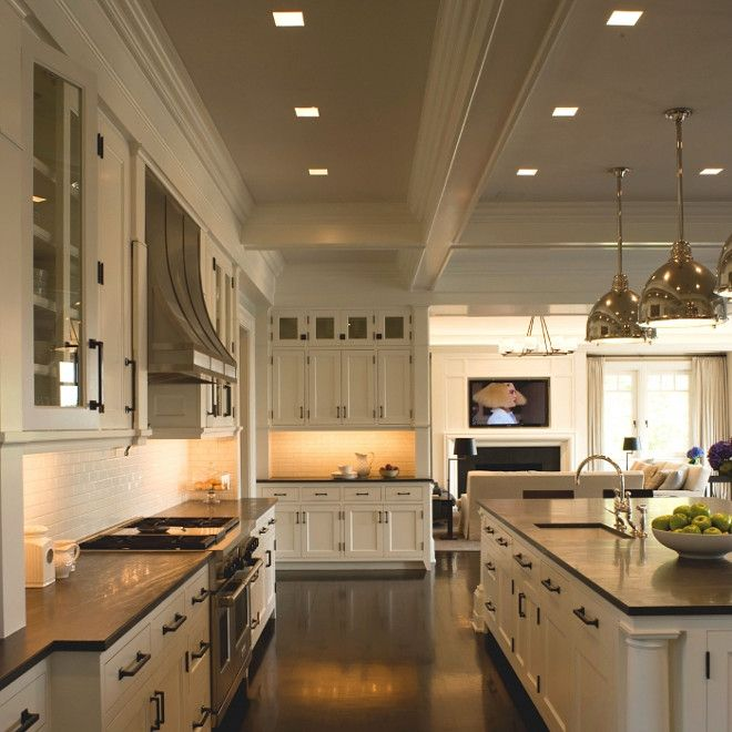 Benjamin Moore White Dove Classic Hamptons Kitchen painted in Benjamin Moore White Dove cabinetry & counters