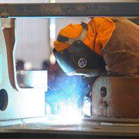 Tradies better off than university graduates | Mining Australia