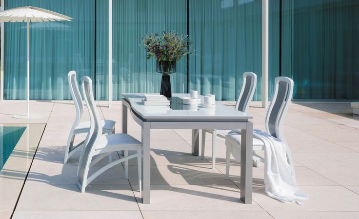 7 best l 39 heure bleue images on pinterest the hours for Table extensible terrasse