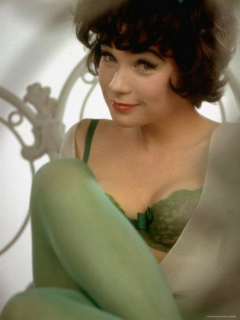 shirley maclaine: La Douc, Shirley Maclain, Beautiful, Irma La, Movie, Icons, Shirley Mcclain, Ladouc, Actresses