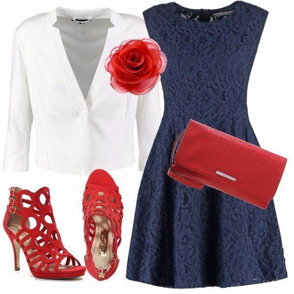 Ecco una combinazione di colori classica e intramontabile, rosso-bianco-blu, sarai super chic per la prossima primavera/ estate e per le tue occasioni più speciali. Abito blu in pizzo, in abbinamento un blazer bianco dove ho aggiunto una spilla a forma di fiore in seta in colore rosso aranciato come le scarpe e la pochette.