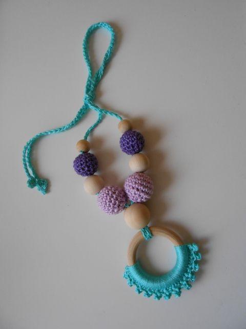 Hordozós nyaklánc - pasztell, fonAlom, meska.hu crochet teething nursing necklace