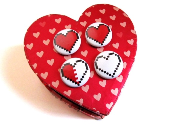 How much gaming life do you have left? Pixel Heart Buttons!