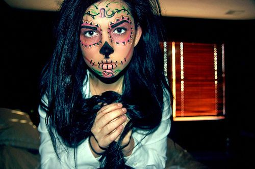 Sugar skull makeup (Tumblr), via Flickr.