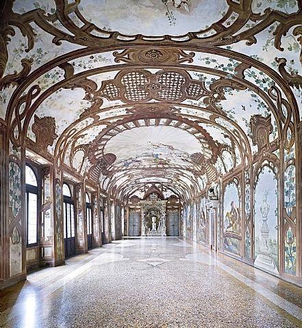 artnet Galleries: Palazzo Ducale Mantova III 2011 by Candida Höfer from Ben Brown Fine Arts