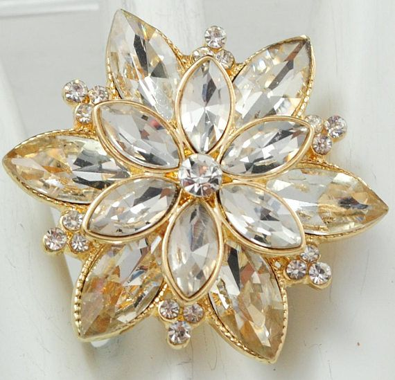 Gold Floral Cocktail Ring/Rhinestone/Sparkly/Statement
